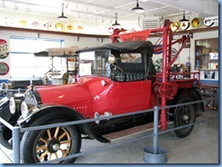 0903 Alberta Calgary - Heritage Park Historical Village - Gasoline Alley Museum - 1915 Cadillac Tow Truck