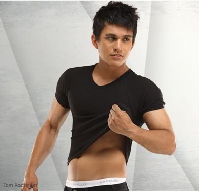 tom rodriguez2