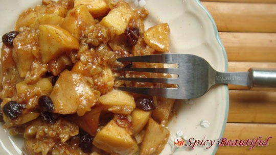 Slow-Cooker-Apple-Crumble