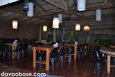 Al fresco dining at Belito's Vine Yard