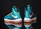 nike lebron 10 gr miami dolphins 2 05 Gallery: Nike LeBron X Miami Setting or Dolphins if you Like