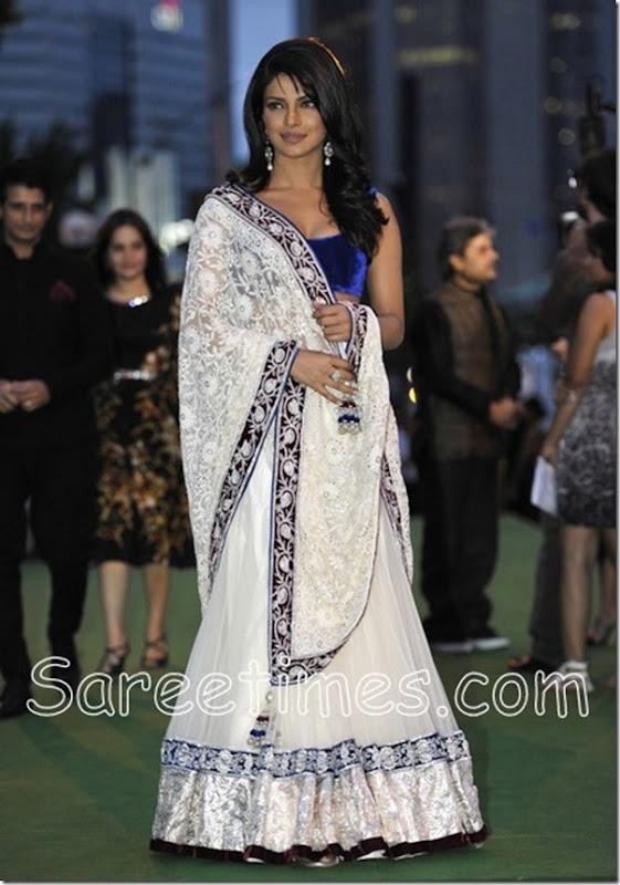Priyanka_Chopra_Manish_Malhotra_Sari