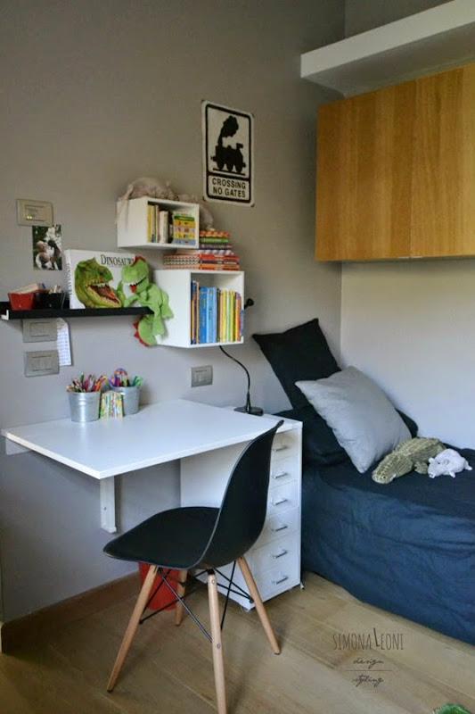 scrivania_camera_bambini_eams_chair_styling_simona_leoni_per_dalani