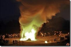 germany-easter-bonfire-2009-4-11-16-51-39