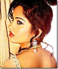 madhavi_latha_stylish_photoshoot_pics