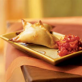 Crispy Butternut Wontons with Spicy Tomato Sauce