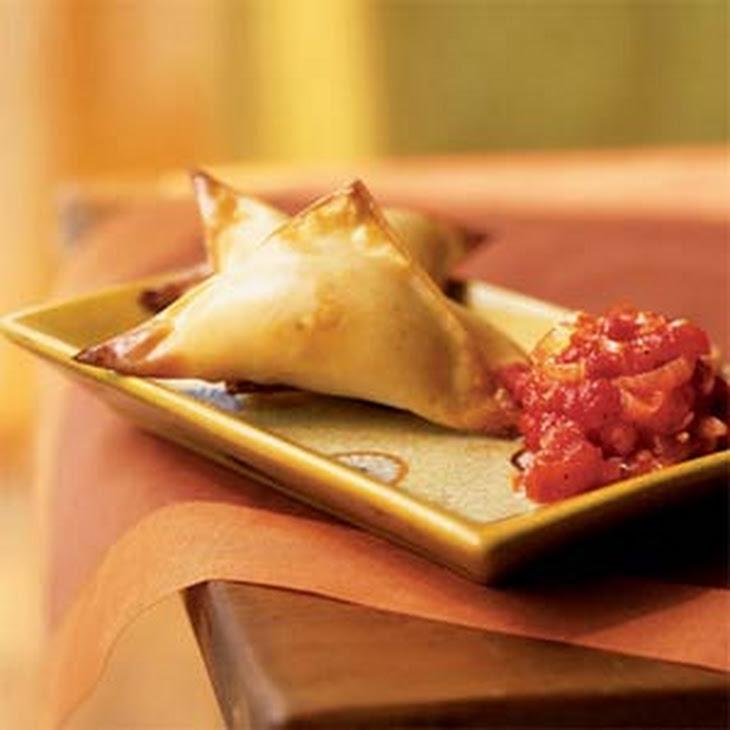 Crispy Butternut Wontons with Spicy Tomato Sauce Recipe | Yummly