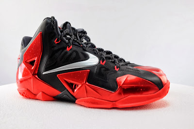 nike lebron 11 gr black red 5 01 Detailed Look at Nike LeBron XI Miami Heat Away