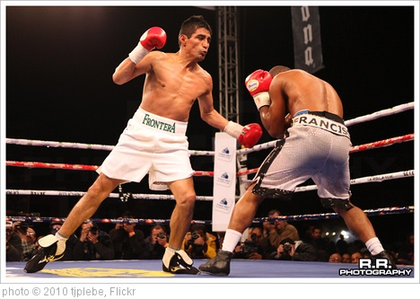 'Morales vs Lorenzo' photo (c) 2010, tjplebe - license: http://creativecommons.org/licenses/by-sa/2.0/