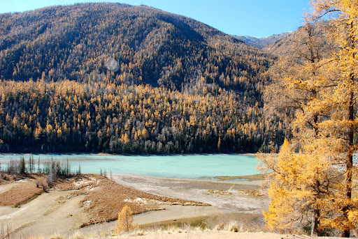 Xinjiang, Kanas - Sleeping Dragon Crescent