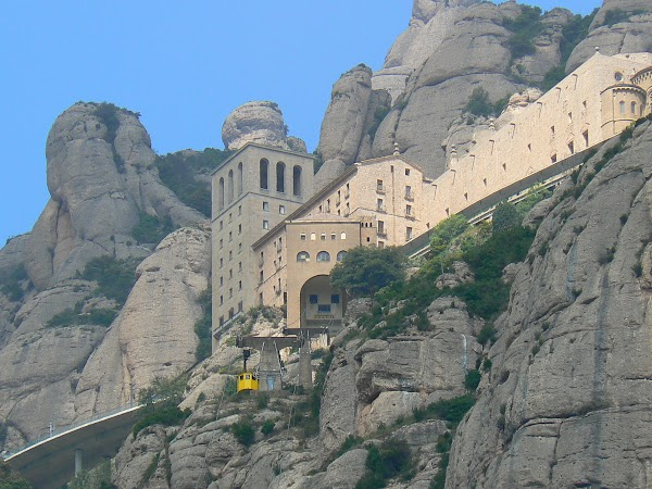 4. Montserrat.JPG