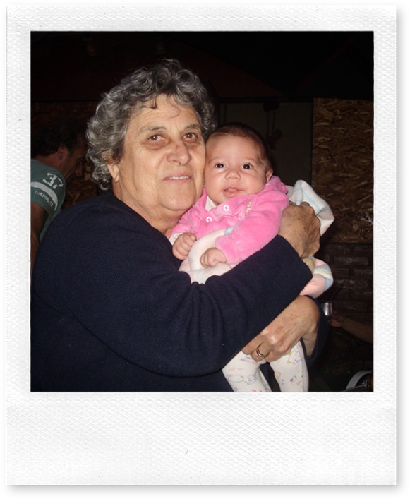 22 setiembre - Isabella y abuela Lidia