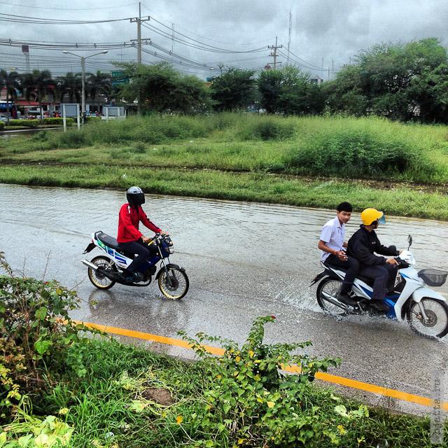 15. Сезон дождей. Таиланд 2555. Thailand