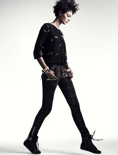 Kristy Kaurova by Tony Kim (Punk Attack - Sure Korea June 2011) 3