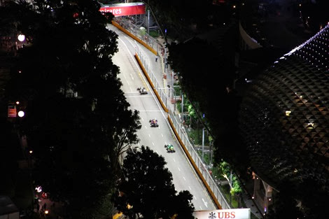 Formula one racing in Singapore