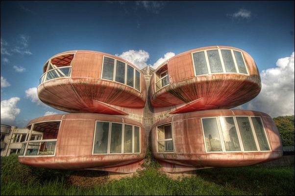 Sanzhi UFO houses 02