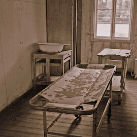 Operations Table by Leif Holmberg - News & Events Health ( pwc 93: medical objects, operations room, ww ii, concentration camp, poland, stutthof )