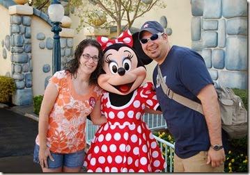 Anniversary Disneyland (3)_thumb[2]