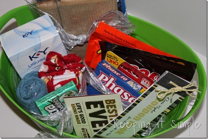 #ad Date-night-basket-with-coupon-book #TheMoodStirkes (17)