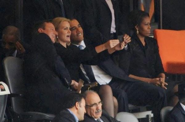 Selfie obama mandela m