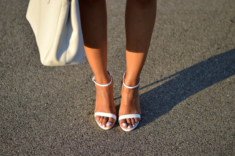 Zara White Sandals, White Bag, White Bag Outfit, Fashion Blogger white bag, white sandals, fashion blog