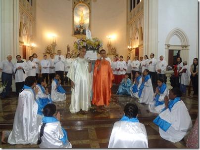 Coroação de Nossa Senhora pela Catequese