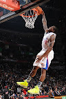 wearing brons nba lebron10 volt eric bledsoe 04 Wearing Brons: Eric Bledsoe Takes Flight in Volt LeBron Xs