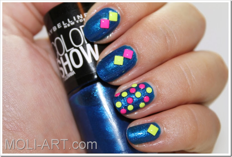 nail-art-tachuelas-neon