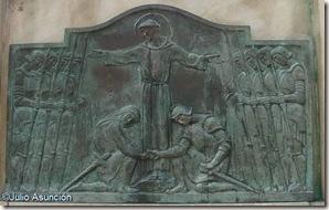 Relieve de la concordia - Monumento a San Francisco de Asís