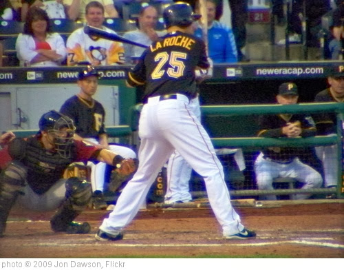 'Adam LaRoche at Bat' photo (c) 2009, Jon Dawson - license: http://creativecommons.org/licenses/by-nd/2.0/