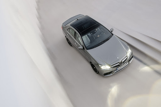 Mercedes-Benz-E-63-AMG-04.jpg