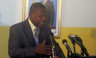 Lambert Mende, Ministre de l'information et porte parole du gouvernement