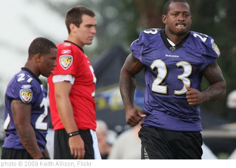 'Willis McGahee' photo (c) 2009, Keith Allison - license: http://creativecommons.org/licenses/by-sa/2.0/