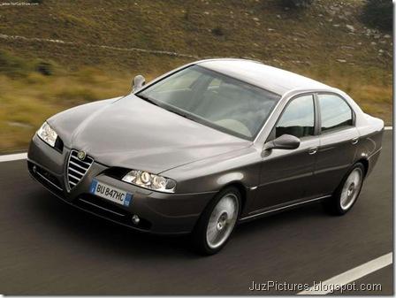 Alfa Romeo 166 (2004)5