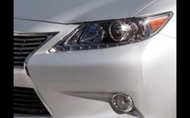 2013-Lexus-ES-teaser-headlight-and-grille-623x389