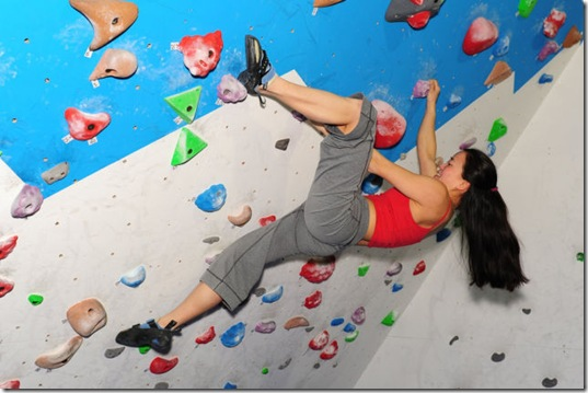 girls-rock-climbing-6