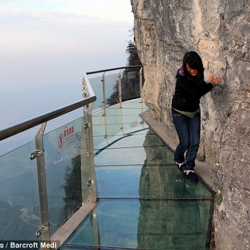 Terrifying Glass Skywalk on the Side of Tianmen Mountain