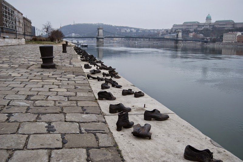shoes-on-danube-9