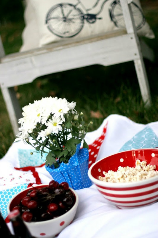 DIY Bunting Picnic Blanket