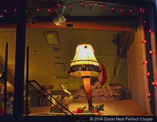 Leg Lamp1