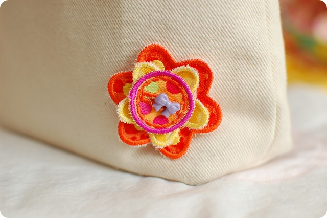 buttonhole flowers and hearts (6)