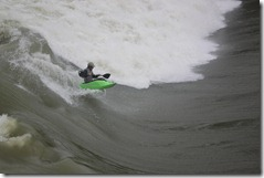 Xabi Olano surfing La Malate