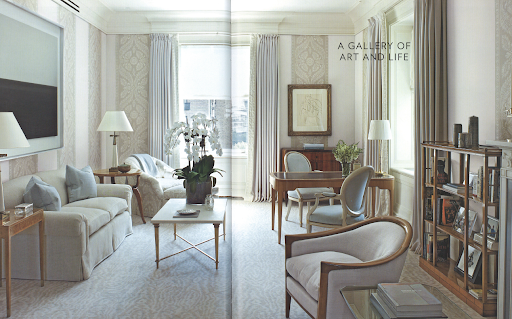 A mix of modern and traditional patterns and shapes makes this Park Avenue sitting room quintessentially New York.