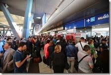 Caos in stazione per il blocco dei treni