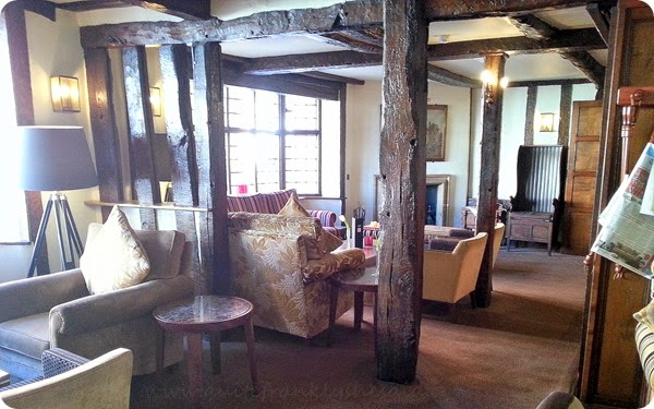 Mercure Stratford upon Avon Shakespeare Hotel quill bar lounge