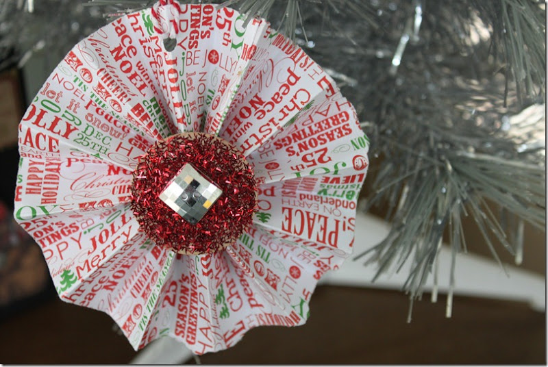 Christmas Rosette Ornaments 026
