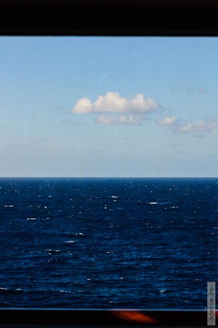 29. Круиз на Costa Concordia. День 7-й. Морской день, из Фуншала в Малагу, через гибралтар. За окном красота.