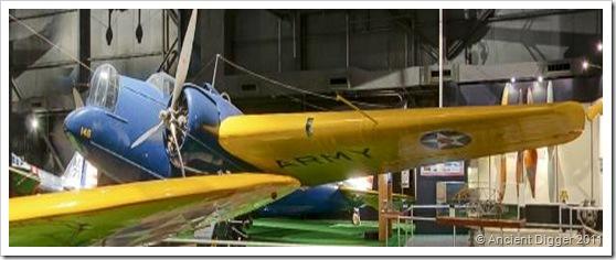 Martin B-10 airplane