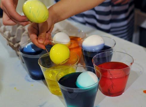 2014-04-19 egg dyeing (59)