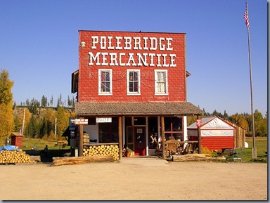 polebridge-mercantile-near-glacier
